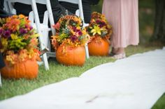 Floral pumpkin aisle markers // Stephanie Jean Photography