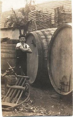 Bodnár műhely Egerben. Old Pictures, Old Photos, Austro Hungarian, Farm Life, Historical Photos, Hungary, Budapest, The Past, 1