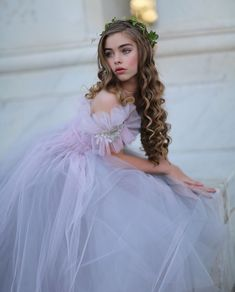 Jade Weber Instagram, Jade Couture, Fashion Photography Inspiration, Young Models, Teen Models, The Most Beautiful Girl, Dress And Heels, Girl Pictures, Curly Hair Styles