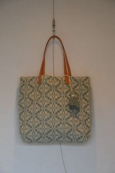 Wool Tote Bag_hand woven