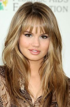 Like this blonde, maybe fade off to lighter on ends!??