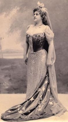 """Aimee Dupont, Marcella Sembrich as the Queen of the Night in Mozart's """"The Magic Flute"""", circa 1900 Lyric Opera, The Magic Flute, Metropolitan Opera, Music Composers, Opera Singers, Female Singers, Classical Music, New Music, Role Models"""