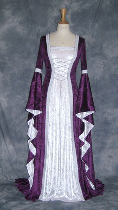 Celtic / Medieval /Gothic / Rennaisance / Larp /Elvish / Wedding Gown (This would be a stunning wedding gown or bridesmaid dress!)
