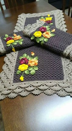 crochet doilies rugs mats and This Pin Was Discovered By Crochet Doily Rug, Crochet Buttons, Crochet Flower Patterns, Crochet Tablecloth, Crochet Art, Crochet Home, Thread Crochet, Crochet Gifts, Crochet Blanket Patterns