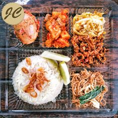 Nasi Kotak Paket 7 Snack Box, Bento Box Lunch, Thai Recipes, Rice Recipes, Rice Box, Catering Food, Delish, Food And Drink, Menu