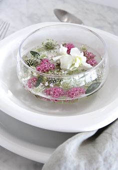 Floating flowers_table setting