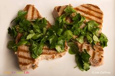 Grilled Tuna with Mediterranean Herbs has no salt, just oil and herbs. Great for cancer patients eating a Mediterranean diet for a healthy survivorship. Filet Recipes, Tuna Recipes, Seafood Recipes, Cooking Recipes, Grilled Tuna, Low Sodium Recipes, Cancer Fighting Foods, Mediterranean Diet Recipes, Heart Healthy Recipes
