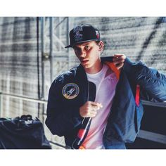Logic. 5am, What you want, inception, Under Pressure, all of the rest of his music. Fave artist