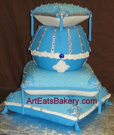 Pin by Beckey Douglas on pillow cakes Pinterest Pillow cakes and