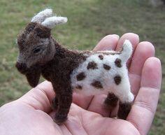 goat needle felt...cute Fieltro con aguja / Needle felt