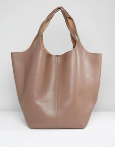 Get this Glamorous's shoulder bag now! Click for more details. Worldwide shipping. Glamorous Oversized Hobo Bag - Beige: Bag by Glamorous, Textured faux-leather outer, Twin handles, Press-stud closure, Do not wash, 100% Polyurethane, H: 36cm/14 W: 56cm/22 D: 23cm/9. An eclectic mix of vintage influences and contemporary partywear are at the heart of Manchester based label Glamorous, where individual style is the key. The carefully sourced fabrics and prints channel a fun and youthful vibe…