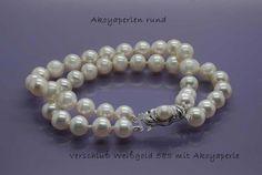 https://www.bigis-schatzkiste.de/schmuck-shop/2-Reihen-Akoyaperlen-Armband::2503.html