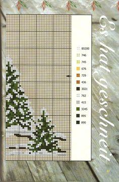 CHRISTMAS- TREE SCENE (bbj5049) 2/2