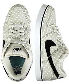 f1891dd0af9c Nike 6.0 Dunk Shoe.....those polka dots are SO CUTEE!