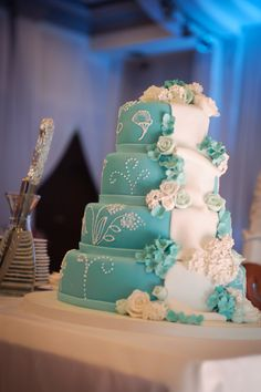 New Wedding Themes Teal Cake Toppers 51 Ideas Aqua Wedding Cakes, Fall Wedding Cakes, Beautiful Wedding Cakes, Wedding Cake Designs, Wedding Themes, Beautiful Cakes, Wedding Decorations, Wedding Ideas, Teal Weddings