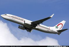 Boeing 737-8B6 aircraft picture