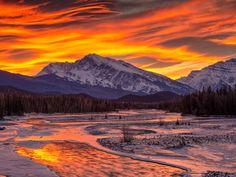 Athabasca River, Mount Kerkeslin, Alberta