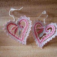 Vložit nové zboží | Fler.cz Lace Heart, Textile Jewelry, Bobbin Lace, Diy And Crafts, Crochet Earrings, Textiles, Pattern, Fashion, Stitching