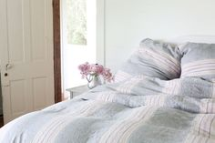 Layered in hues of chocolate, vanilla, and strawberry, Rachel Ashwell's Neapolitan Duvet Cover is a bedtime treat that becomes a nightly feast for the senses. This all-linen duvet slips over your favorite insert with a touchably soft texture rendered in pleasing stripes of alternating greys, pinks, browns, and beiges. Meanwhile, thoughtful touches like a hidden zipper closure and a knife edge along the sides makes this duvet a delectable finishing note for your bedroom suite.