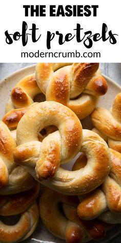 Fun Baking Recipes, Cooking Recipes, Good Food, Yummy Food, Tasty, Soft Pretzels, Snacks Für Party, Appetizer Recipes, Pretzel Recipes