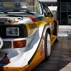 Audi quattro sport E2 - HB-Lackierung, Motorhaube offen, Bremsenbelüftung