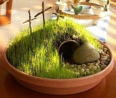 Easter crafts - Resurrection Day - cute grassy empty tomb display - do this for the tabletop! Kids will love it! Note: start early so grass can grow Small Garden With Pebbles, Twig Crafts, Fun Crafts To Do, Easter Celebration, Craft Activities For Kids, Easter Activities, Centerpieces, Easter Centerpiece, Easter Religious