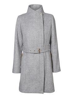 Classic winter coat from VERO MODA.