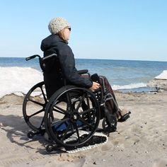 Freedom Trax Beach Wheelchair Strand Rolstoel