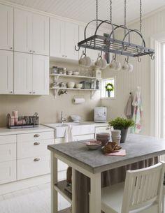 Häng med till ett litet sött parhus i Nyköping | Leva & bo | Inredning, tips om möbler, trädgård, heminredning, bygg | Expressen