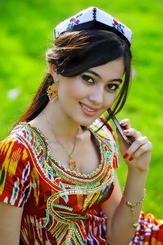 Куклы в народных костюмах №56 Кукла в таджикском свадебном костюме