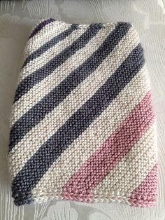 Ravelry: Layli's Biased Stripes Stashbuster Cowl (free pattern)