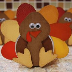 Burton Avenue: Turkey Favor Tins (Tutorial)