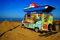 Havana Beach & Sea | Citroën Type H - visitá nuestro Tablero Citroën Type H en Pinterest. Citroen Van, Citroen Type H, Havana Beach, Summer Pictures, Old School, Classic Cars, Surfing, Photos, Vehicles
