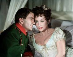 Pierre Mondy as Napoléon Ier and Martine Carol as Joséphine de Beauharnais in Austerlitz, 1960