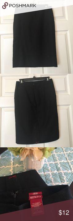 Cute little black skirt Never worn !!! Brand New !!! Fits great Skirts Pencil