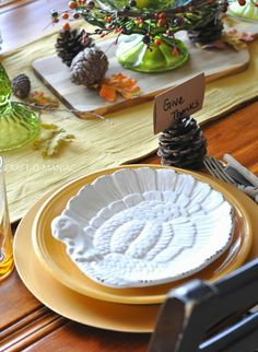 Check out these fabulous #Thanksgiving #tablescapes for some #inspiration! thanksgiv tablescap, thanksgiving, fabul thanksgiv, rich thanksgiv