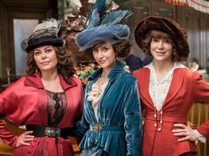 TV Times goes behind the seams on ITV hit Mr Selfridge to find out who puts the costumes into the costume drama Mr Selfridge, Period Costumes, Movie Costumes, Edwardian Fashion, Vintage Fashion, Edwardian Style, Victorian Era, Call The Midwife Seasons, Gregory Fitoussi