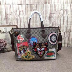 97799bdbd9f8 Gucci 474085 Courrier Soft GG Supreme Tote Bag 2017 #Guccihandbags  #designercrossbodybags2017