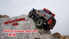 RedCat Racing Everest Gen7 Pro 4x4 Off Road Trailing
