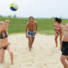Alleine Urlaub, oder auch doch nicht. Ein guter Ort um Menschen kennen zu lernen :) Sumo, Wrestling, Running, People, Places, Studying, Vacation, Lucha Libre, Keep Running