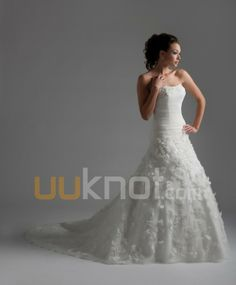 A-line Strapless Semi-cathedral Train Lace Wedding Dress For Bride - UUknot.com