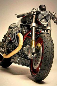 MotoGuzzi …                                                                                                                                                                                 もっと見る