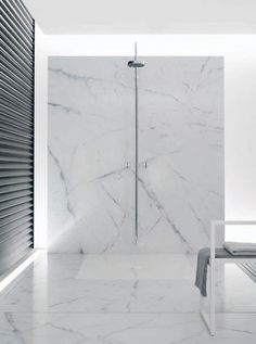 All-white marble bathroom with Tara-series Dornbracht bathroom design design design designs decorating before and after Bathroom Spa, Bathroom Toilets, Bathroom Fixtures, Washroom, White Marble Bathrooms, Marble Showers, Minimal Bathroom, Modern Bathroom, Modern Shower