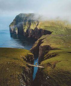History Of Photography, Travel Photography, Visit Denmark, Voyager Loin, Faroe Islands, Blog Voyage, Places Around The World, Land Scape, Travel Pictures