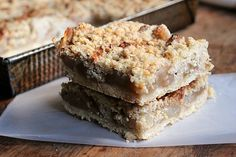 Brown Butter Apple Cinnamon Crumb Bars - Food Memories, a guest post at Cake Duchess: Vintage Kitchen Notes