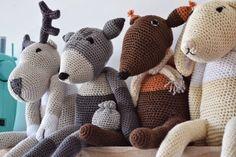 draad en praat...: Deze week..! Crochet Toys, Knit Crochet, Stuffed Animals, Dinosaur Stuffed Animal, Woodland Nursery, Crochet For Beginners, Little Ones, Crochet Projects, Knitting