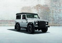 2014 Land Rover Defender   Black and Silver Pack