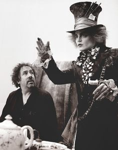 Mad Hatter (Johnny Depp) & Tim Burton, Alice in Wonderland (2010) grandesbosques: ""