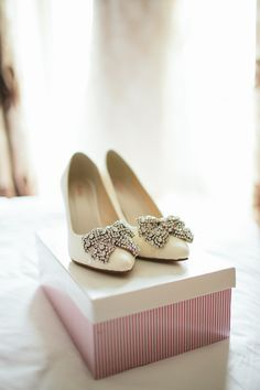 White Shoes Bride Bridal Bow Diamonte Heels Natural Rustic Hand Crafted Autumn Wedding http://www.epiclovephotography.com/