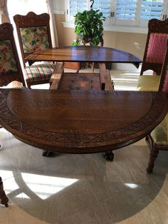 """Carved 54""""Quartersawn Oak Table, Lions Heads, Claws, 3 Leaves, 6 Chairs, Server 
